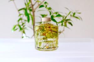 FLOWERiUM®︎ トワレ toillette 「HYGGE botanical life -植物のある居心地の良い暮らし-」