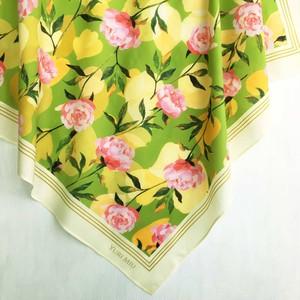 スカーフ Peony Garden(シャクヤク柄・リーフグリーン) 大判サイズ / コットン