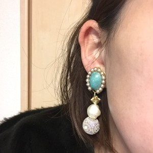 e74 pk kirakira ball earring