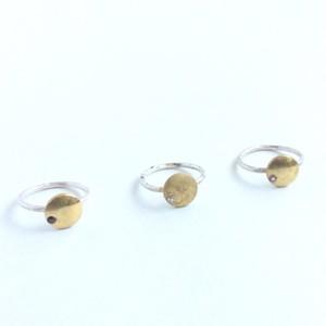 ヴィンテージスタインウェイのパーツを使った月を思わせるリング Vintage steinway piano capstan ring with gem (Moon)