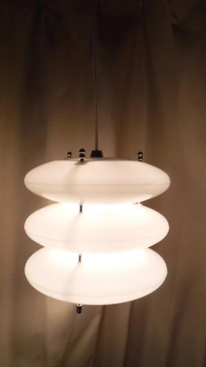 レトロなペンダント照明【3連ドーム型】(0531303S140)