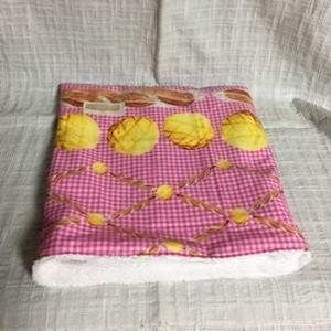 もるちゃんの寝袋(パン柄)