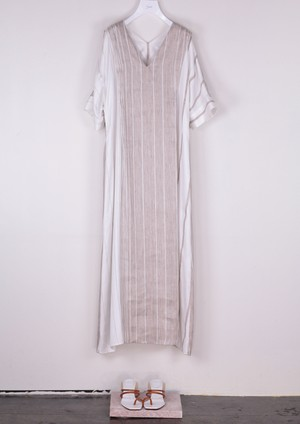 GRADATION STRIPE  OVER DRESS [BEG]