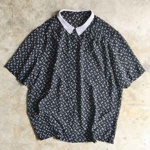 【SOLD OUT】ブラウス 襟レース 総柄 USED