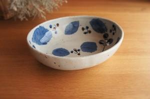 砥部焼/カレー皿(大)/ブルー木の葉/森陶房