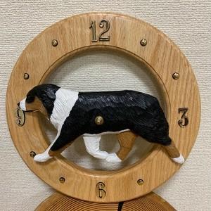 木彫りの丸時計【オーストラリアンシェパード トライ】