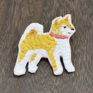 ゆる刺繍ブローチ【柴犬】