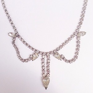rhinestone design necklace[n-78]