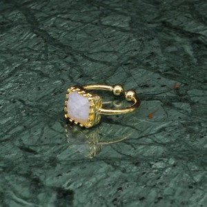 SINGLE SQUARE STONE RING GOLD 008