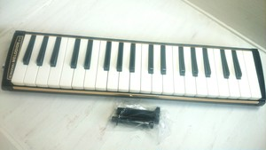[中古]SUZUKI 鍵盤ハーモニカ M-37(美品)