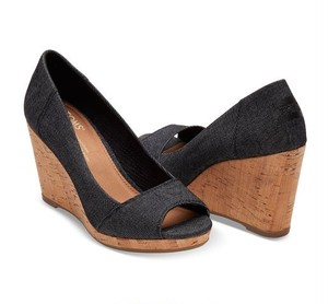 TOMS | BLACK DENIM WOMEN'S STELLA PEEP-TOE WEDGES