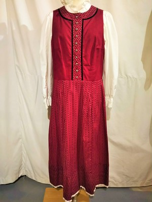 Vintage sleeveless tyrolean dress [G-1098]