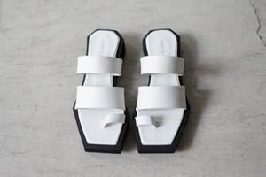 SATORU SASAKI / Square toe sandals (off white)