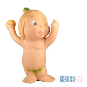 イタリア 赤ちゃん ラバードール りんご