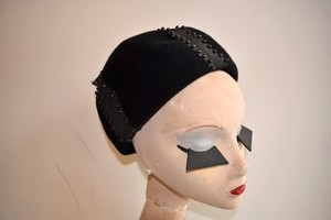 VINTAGE black design hat
