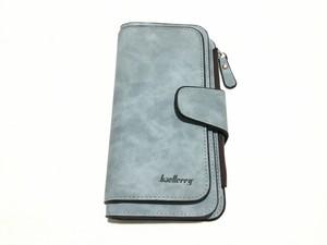たっぷり入る、スクラブレザーの高品質なロング財布(ライトブルー) High Quality  Scrub Leather Wallet (Light Blue) インポート 輸入 大容量 おしゃれ 大人 便利