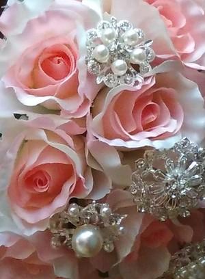 ブローチブーケ 薔薇のブローチブーケ ブートニア付き (オーダーメイド) サイズL