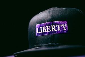 LIBERTY CAP NEWERA
