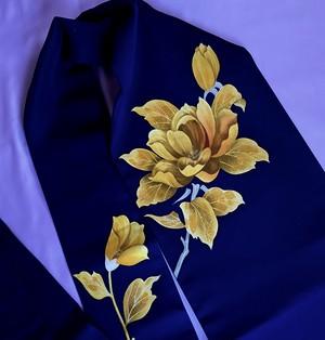紺に山吹色の花模様の名古屋帯〉塩瀬 手描き 普段使い スリーシーズン