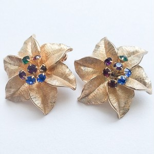 """Judy Lee"" gold flower earring[e-884]"