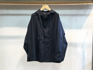 "UNIVERSAL PRODUCTS.""NYLON HOODED COAT NAVY"""