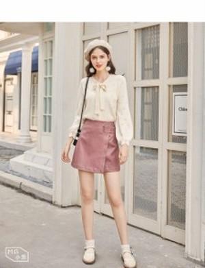 Aライン レザースカート 3色 ブラック ピンク ブラウン 巻きスカート風 ミニスカート 可愛い キュート 台形 サイドベルト ガーリー