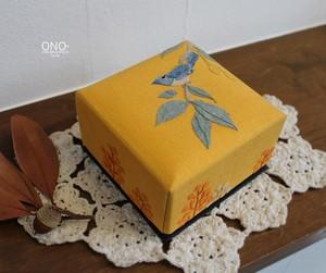 香箱(小)木の実と小鳥・山吹