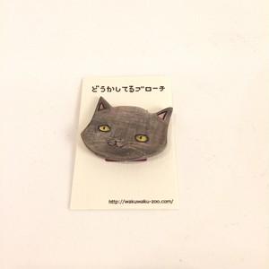 【どうかしてるダイン】2 木製ブローチ 黒化け猫顔だけ