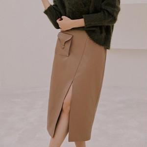 レザースリットタイトスカート ・1652