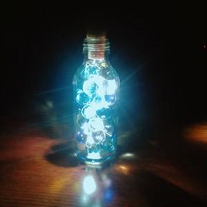 レトロで幻想的なビー玉ボトルランプ / 青
