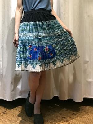 手刺繍 モン族 プリーツミディアムスカート 【ブルー】