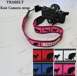 TRABELT≪着せ替え用≫着せ替え可能なKnitカメラストラップ【cat】