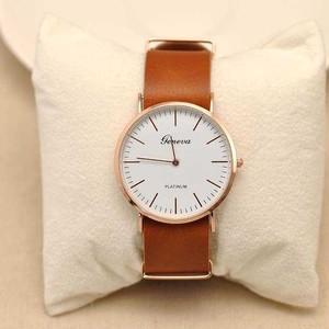 【キャメル】デザイン腕時計 ドラマで人気沸騰中! ユニセックスモデル N213
