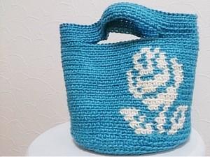 バラ柄編み込みバッグ