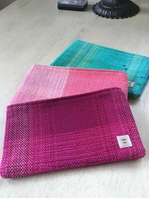 手織りのポーチ マチなし