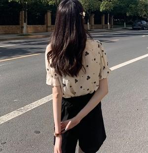 スウィートフローラルシャツ