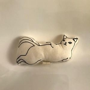 【ミナ・ヌクッタ】A-11 猫又ぬいぐるみクッション小