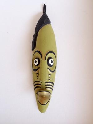 アフリカの木彫りの仮面 【送料無料】