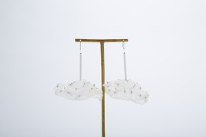 EMBROIDERY kurage jerryfish PIERCE ★ BOX - ivory×white