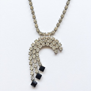 clear & black rhinestone fringe necklace[n-183]