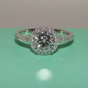 モアサナイト 1カラット ダイヤモンド  ビーズセッティング 18kリング 指輪