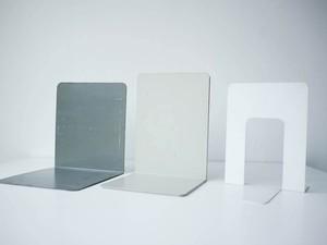 Book End L Dark Grey, Light Grey & White
