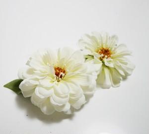 ヘアコサージュ(造花)*ポーラジニア01*ホワイト 2個セット