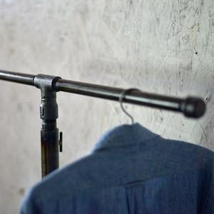 ガス管T型ハンガーラック