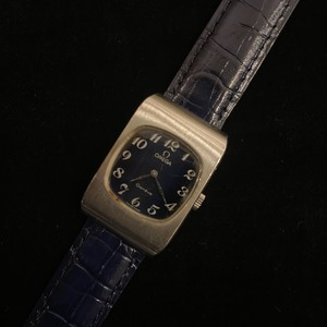 """OMEGA """"Hand Winding"""" Vintage Watch"""