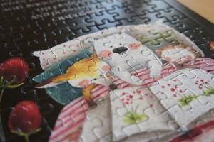 【お家で遊ぼう】チョークアートのジグソーパズル『ベッドで絵本』