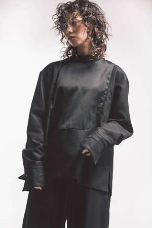 20AW Back button dress Pullover