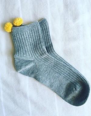 なにがなんでも猫に好かれたい人のための靴下 -GRAY-
