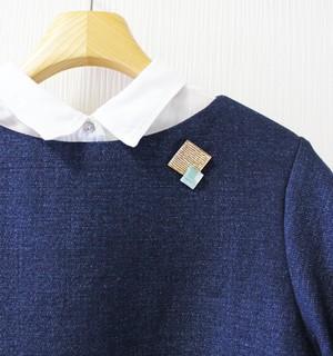 博多織樹脂ブローチ(RB-28)ブルー 水色 ラメ 金 ゴールド レジン 和装 着物 浴衣