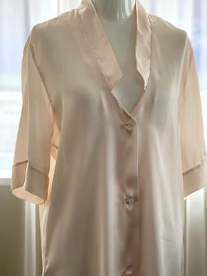 サテンシャツ cottonclub M〜Lサイズ
